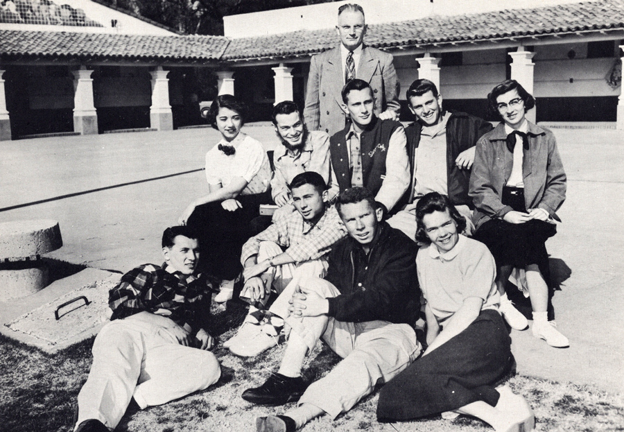 Lew Fellows and the ski team in 1955